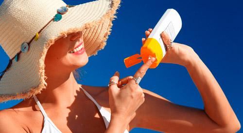 использование защитного крема от солнца