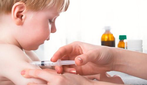 прививка для ребенка